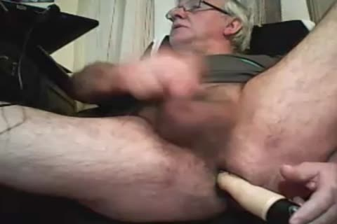 older man Play With A sex toy And cum On webcam