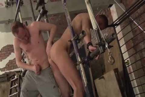 Experienced Sean Taylor Taking Run train stiff At A brutaly bdsm Session And spanking