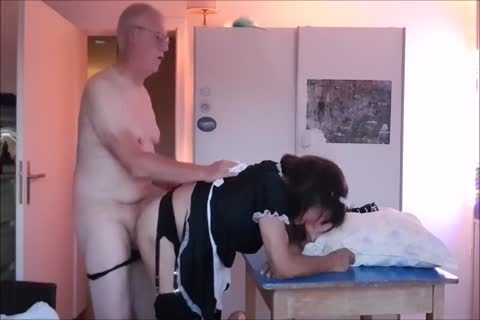 Maid Sissy Cleans abode Sucks cock acquires nailed